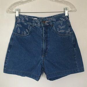 🔷 Vintage Isabel blue denim jean leaf shorts
